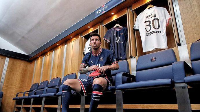 Lionel Messi en el vestuario del PSG