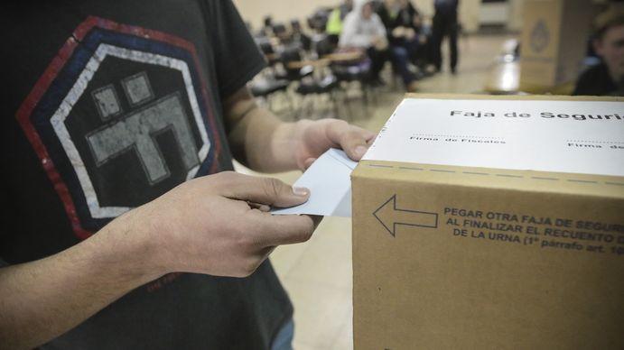 Eduardo DAlessio: El 50% de los jóvenes terminan votando como sus padres