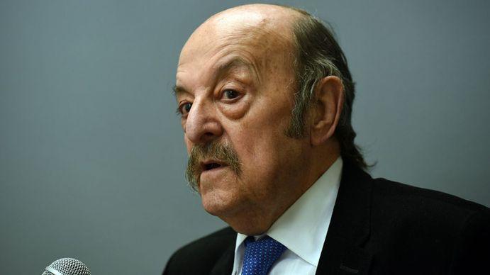 Julio Bárbaro: Ni el Gobierno ni la oposición están en condiciones de darle un futuro a la gente