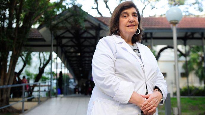 Ángela Gentile: Se van a guardar las vacunas de Moderna para las segundas dosis de los chicos con comorbilidades