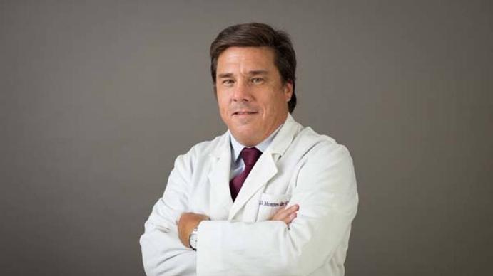 Diego Montes de Oca: Los médicos no tenemos que engancharnos en cuestiones política