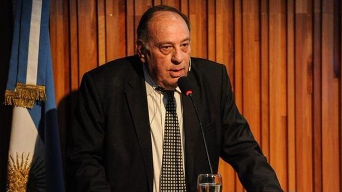 Roberto Cachanosky: El país vive soportando y viviendo las internas del peronismo