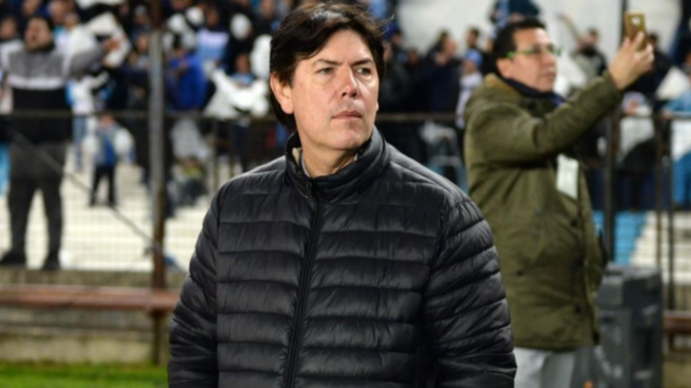 Juan Manuel Lugones: El problema es que se empezó a pactar con los barras
